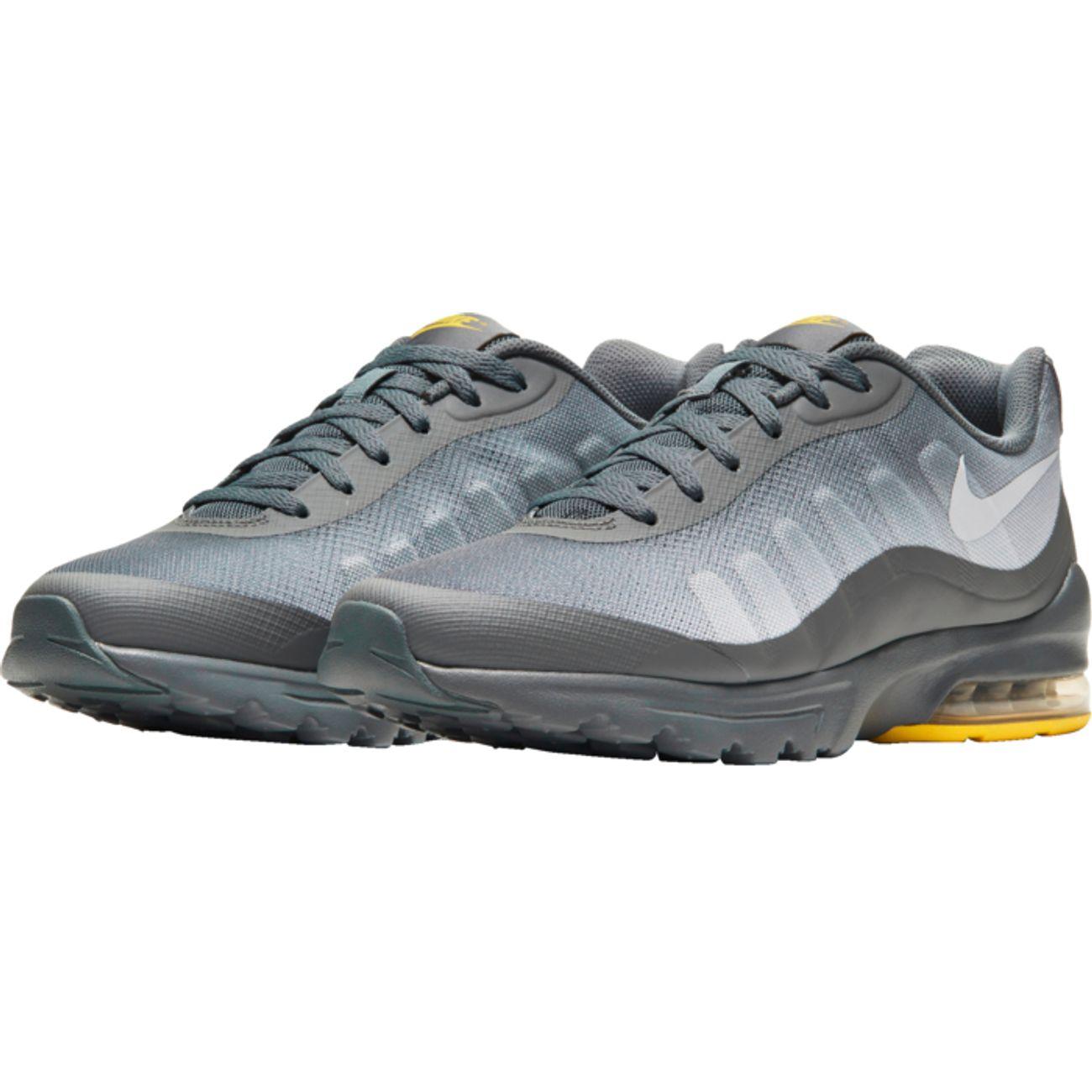 chaussure nike air max invigor
