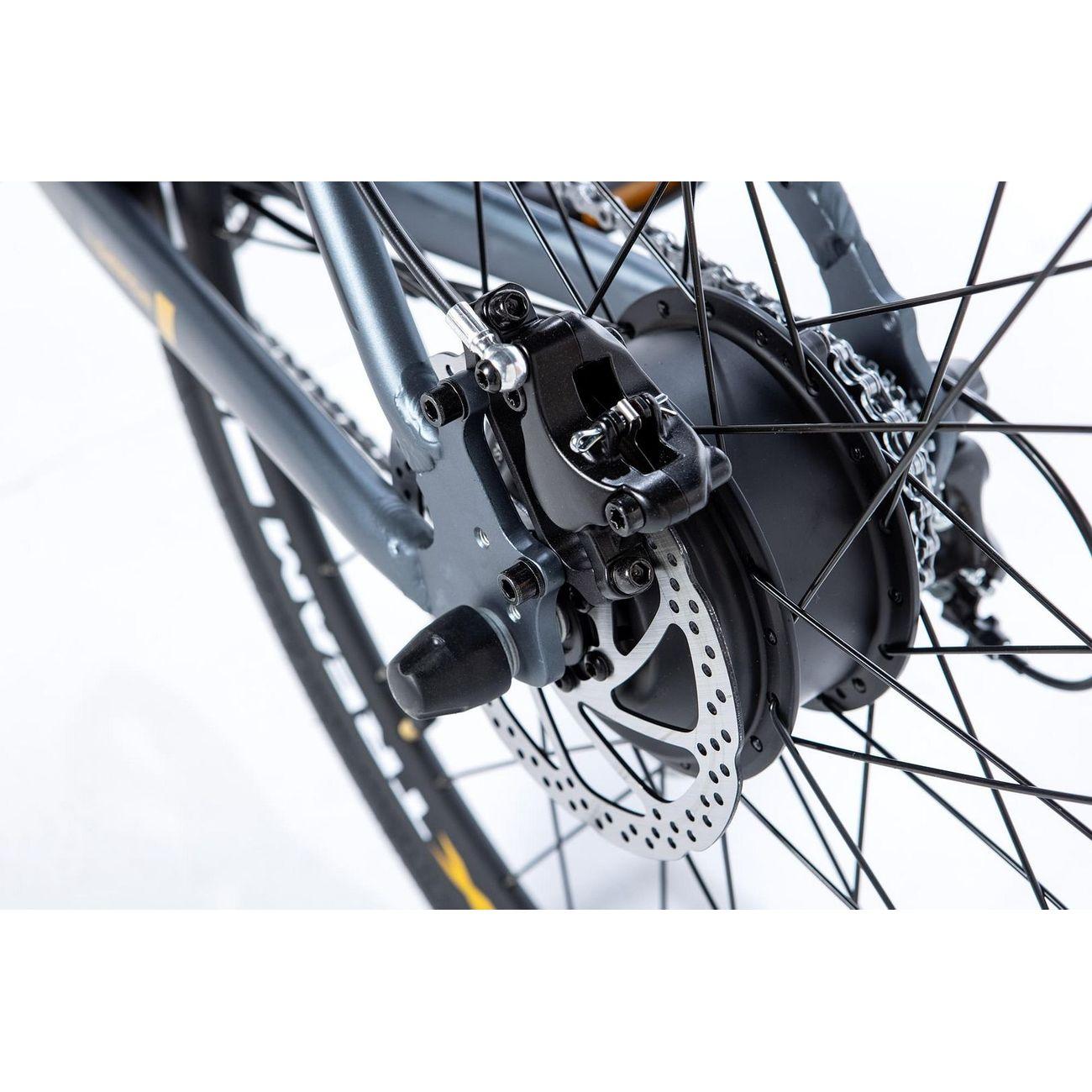 MOMABIKES Vélo de ville électrique Momabikes E-ROAD PRO 28 Full Shimano, Freins à disques Hydrauliques