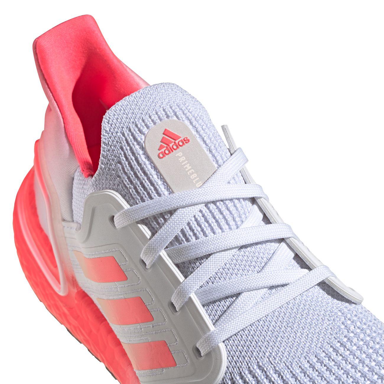 Course à pied femme ADIDAS Chaussures running femme Ultraboost 20