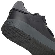 CHAUSSURES BASSES Tennis homme ADIDAS COURTPHASE