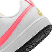 CHAUSSURES BASSES Basketball junior NIKE COURT BOROUGH LOW 2 GS
