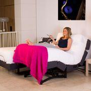 Sommier U900 180x200cm. Deux sommieres de 90cm U900 avec fonctionnement independent. 5 modes de massage