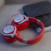 Casque original Motorola moto Pulse max avec kit piéton intégré de couleur rouge