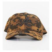 Casquette Incurvée New Era Atlanta Braves Seasonal Camo 9Forty Kaki Camouflage