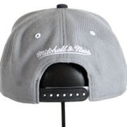 Casquette Mitchell and Ness Nets Gris EU180