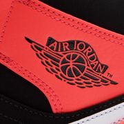 Basket mode Nike Air Jordan 1 Mid 554724061
