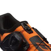 Chaussures DMT KR2 noir orange fluo