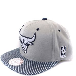 Mode- Lifestyle homme MITCHELL & NESS Chicago Bulls Homme Snapback Basketball Gris Mitchell & Ness