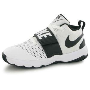Basket ball enfant NIKE Nike Team Hustle 8 blanc, chaussures de basketball enfant
