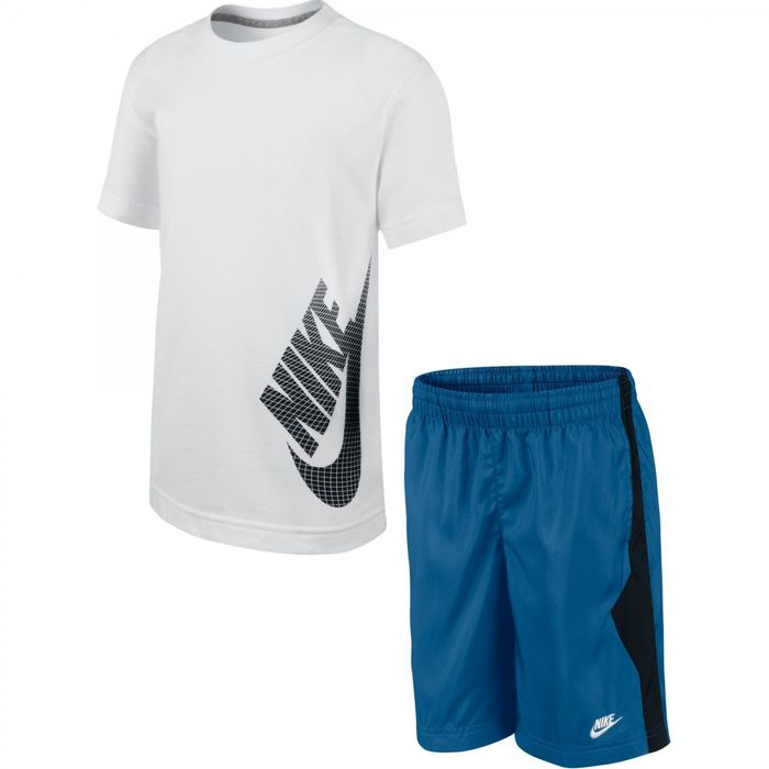 ensemble nike short t-shirt